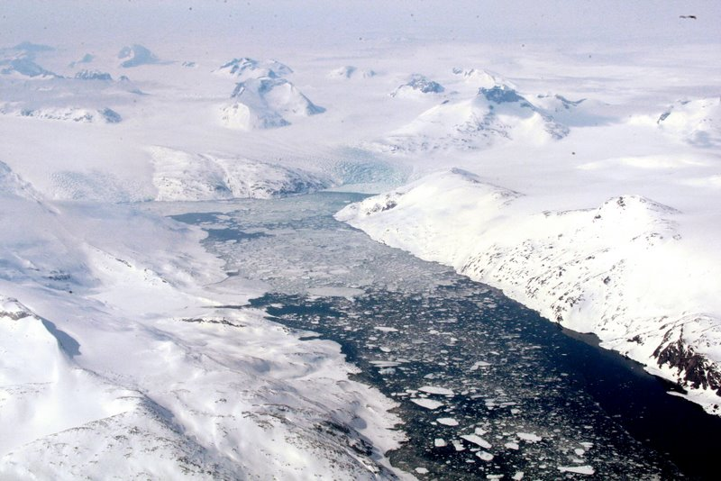 Crossing Greenland's Polar Ice Cap on the way to Iceland